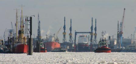 Hafen Hamburg Eis