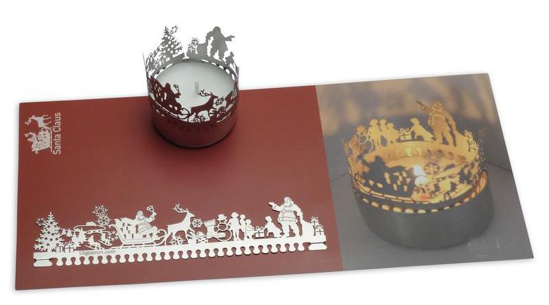Weihnachtskarte mit Teelicht Santa Claus